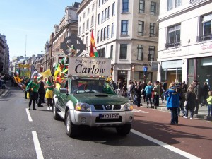 The 'Follow me up to Carlow' float and group at the parade last year.